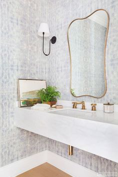 Eskayel wallpaper brightens up the powder room, which boasts a vintage mirror and sleek Urban Electric Co. Bathroom Color Schemes, Bathroom Paint Colors, California Cool, California Homes, Bad Inspiration, Bathroom Inspiration, Inspiration Boards, Powder Room Wallpaper, Half Bathroom Wallpaper