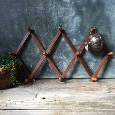 Accordion Hanging Rack / Vintage Expandable Wooden Peg Rack / Home Organizer / Cup Rack by Untried on Etsy