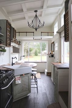 Awesome Tiny Kitchen Design For Your Beautiful Tiny House: Best Design Ideas Design Living Room, Small Room Design, Tiny House Design, Home Design, Interior Design, Living Rooms, Tiny Homes Interior, Rv Interior, Interior Paint