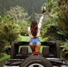 Nothing better then a jeep girl. Jeep 4x4, Jeep Truck, Ford Trucks, Jeep Baby, Mopar Girl, Black Jeep, Jeep Wrangler Unlimited, Wrangler Jeep, Jeep Wranglers