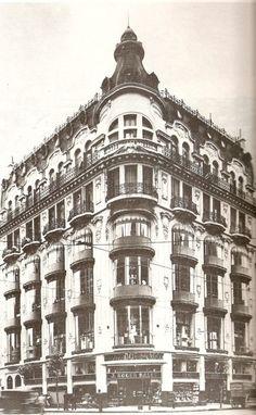 """""""Bazar Dos Mundos"""", hace tiempo desaparecido. Estaba ubicado en la Avda Callao 312, en la Capital.   -lbk-"""