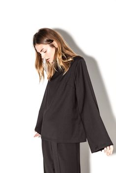 Moe Oslo is a contemporary women's clothing brand with Scandinavian roots. Bell Sleeves, Bell Sleeve Top, Oslo, Trousers, Management, Ruffle Blouse, Van, Suits, Clothes For Women