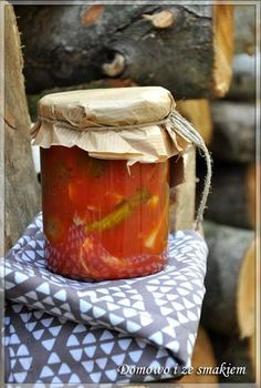 Domowo i ze smakiem: Ogórki z chili w zalewie pomidorowej