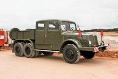 TATRA T141 Camper Trailers, Camper Van, Cool Trucks, Cool Cars, Vintage Cars, Antique Cars, Army Vehicles, Heavy Truck, Motor Car