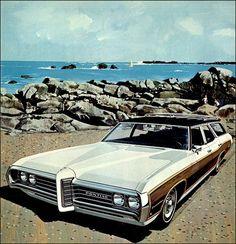 1969 Pontiac Executive Safari - 'Costa Barva': Art Fitzpatrick and Van Kaufman Retro Cars, Vintage Cars, Antique Cars, Pontiac Parisienne, Station Wagon Cars, Pontiac Bonneville, Car Advertising, Automotive Art, Us Cars