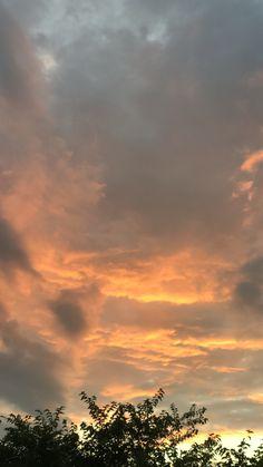 Aesthetic Photography Nature, Nature Aesthetic, City Aesthetic, Aesthetic Lockscreens, Pretty Sky, Cute Girl Wallpaper, Sky Art, Pretty Photos, Sunset Sky
