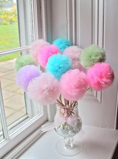 Fairy Princess Tulle Pom Pom Wands Party Favors von prettimini