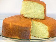 Une génoise facile et rapide Vanilla Cake Recipe With Oil, Cake Recipes With Oil, Cake Recipe In Urdu, Easy Cake Recipes, Food Cakes, Tea Cakes, Easy Sponge Cake Recipe, Sponge Cake Recipes, Yellow Sponge Cake Recipe