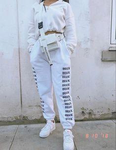 Timeless Black and White Outfits - Fashion Moda 2019 Chill Outfits, Sporty Outfits, Teen Fashion Outfits, Mode Outfits, Cute Casual Outfits, Black Outfits, Woman Outfits, Fall Fashion, Style Fashion