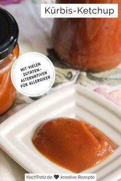 Dieses Kürbisketchup ist eine tolle Alternative für alle, die keine Tomaten vertragen. Das Rezept ist einfach und sehr variabel in den Zutaten, dadurch kann es auf verschiedene Allergien und Bedürfnisse angepasst werden.
