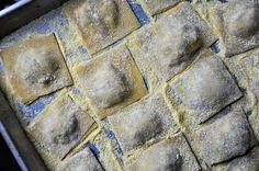 PASTA: the parsley thief: Morel Mushroom Ravioli Morel Mushroom Recipes, Mushroom Ravioli, Mushrooms Recipes, Spaetzle Recipe, Ravioli Recipe, Hunts Recipe, Pasta Recipes, Cooking Recipes, Cooking Ideas