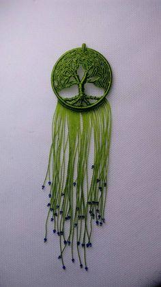 生命树毛衣链教程 第41步 Macrame Design, Macrame Art, Macrame Projects, Micro Macrame, Wire Crafts, Jewelry Crafts, Crochet Tree, Crafty Fox, Creative Gift Wrapping