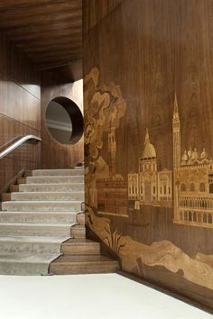 Eltham Palace a Londra - Living Corriere-The walls are walnut and black-bean wood veneer. The inlaid designs depict scenes of Scandinavia and, to reflect Virginia Courtauld's cultural roots
