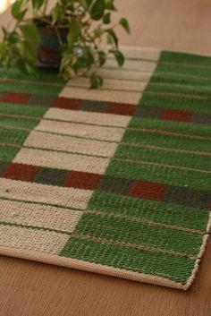 weft-faced rug