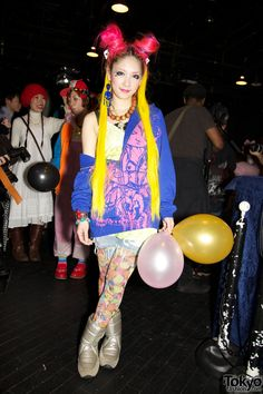 Pop N Cute by Harajuku Fashion Walk Street Snap (7)