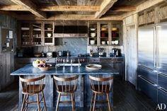 15 Extraordinary Rustic Kitchens