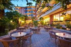 Hotel Continental - Torbole Nago ... Garda Lake, Lago di Garda, Gardasee, Lake Garda, Lac de Garde, Gardameer, Gardasøen, Jezioro Garda, Gardské Jezero, אגם גארדה, Озеро Гарда ... Welcome to Hotel Continental Torbole, Hotel Continental offers great sports facilities in a quiet location in the centre of Nago. Lake Garda is 1.5km away and the hotel offers free shuttle services there. Relax in the peaceful gardens by the Continentals outdoor pool, surr