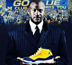 Michigan Athletics, Michigan Wolverines, Football Presents, Go Blue, Athlete, Air Jordans, University, Sneakers Nike, Sports