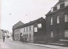 Rumpenerstraat met slagerij Hendriks- Velraeds uit 1953