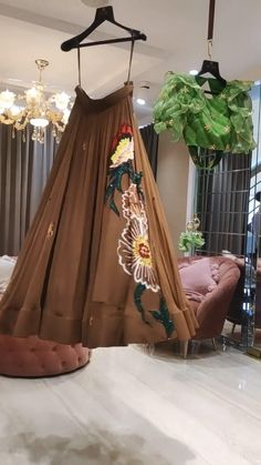 Indian Wedding Gowns, Party Wear Indian Dresses, Designer Party Wear Dresses, Indian Gowns Dresses, Indian Bridal Outfits, Dress Indian Style, Indian Fashion Dresses, Indian Designer Outfits, Indian Wear