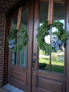 How to Make a Wreath from Garland (No Special Skills Required!)