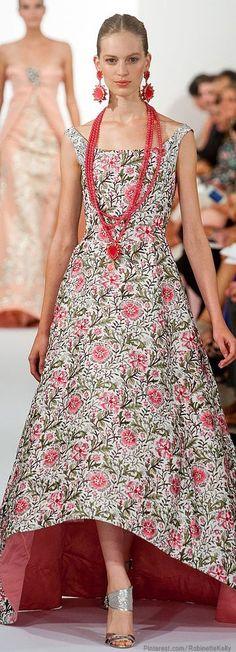 Oscar de la Renta http://sulia.com/channel/fashion/f/918b3aa6-76d6-448b-8316-8d70fa6c1cb5/?source=pin&action=share&btn=small&form_factor=desktop&pinner=125430493