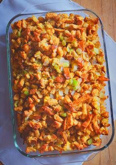 Easy Homemade Stuffing for the holidays. #thanksgiving #christmas http://themamasgirls.com/easy-homemade-stuffing/