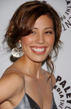 Bones star Michaela Conlin is single, not married. Know about her past affairs and career Michaela Conlin, Pin Up Girl Vintage, Gorgeous Body, Gorgeous Hair, Michelle Williams, Hollywood, Actor Model, Portrait, Beautiful Actresses
