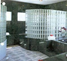 Elegantes Badezimmer Mit Glasbausteinen