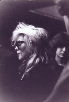 flowerfield: suicidewatch: Debbie Harry I just want big lion mane hair