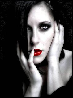 Billedresultat for dark beauty