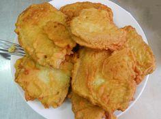 Il pane fritto chiamato in sardo pani dorau è un piatto ricco di energia