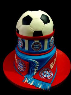 Bayern Munich Cake - www. You are in the right place about Soccer Cake decorations H Fc Bayern Fans, Fc Bayern Munich, Easy Cakes For Kids, Cakes For Boys, Soccer Cake, Soccer Gifts, Soccer Birthday, Soccer Party, Barcelona Cake