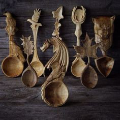 Amazing woodcarved spoons by Giles Newman. He resides in northern Wales and makes individually designed and hand crafted green wood spoons carved using only traditional hand tools. Find his work on instagram and etsy.