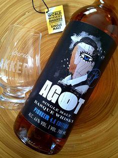 AGOT SINGLE MALT BASQUE WHISKY PIONEER 4.6 EDITION  Lote 3 de Basque Moonshiners de Vitoria-Gasteiz. Este AGOT edición 4.6, reproducción del galardonado Pioneer Edition con mayor tiempo en barrica. Una media de 4,6 años, de ahí el nombre de esta edición. Lote de tan solo 1300 botellas.  El primer whisky nacional elaborado de forma artesanal con cebada malteada 100% navarra.  AGOT. Mejor whisky de Malta español 2020 por World Whiskies Awards. Corona Beer, Beer Bottle, Drinks, Shape, Single Malt Whisky, Bottles, Basque, Drinking, Beverages