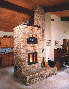 What is a Masonry Heater? A masonry heater allows you to heat your home with wood in a unique way. Double Fireplace, Stove Fireplace, Fireplace Design, Fireplace Kitchen, Foyers, Brick Masonry, Masonry Oven, Rocket Stoves, Off The Grid