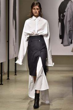 Juun J, Spring 2018 (Menswear), Paris, firstVIEW.com