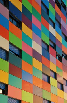 I▓I 20 Carabanchel Ens. 24 Rafael Cañizares 3056 by Colour Architecture, Facade Architecture, Amazing Architecture, Architecture Visualization, Contemporary Building, Contemporary Architecture, Amazing Buildings, Commercial Architecture, Facade Design
