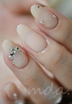 ウエディングドレスに似合う♡プレ花嫁の為の「おすすめブライダルネイル」30選♡結婚式準備♡   Marry Jocee