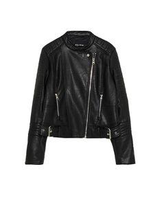 ¡Consigue este tipo de chaqueta de cuero de Pull & Bear ahora! Haz clic para ver los detalles. Envíos gratis a toda España. Cazadora biker polipiel: Cazadora biker polipiel (chaqueta de cuero, polipiel, biker, ante, antelina, chupa, de cuero, leather, suede, suedette, faux leather, chaqueta de cuero, lederjacke, chaqueta de cuero, veste en cuir, giacca in cuio, piel)