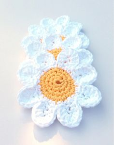 Daisy Coasters  Bridal Shower Gift  Spring by CareysCountryComfort