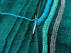 Ravelry - This is genius. A row of purls sets the stitch path for the icord! Ravelry: -shaun-'s I-Cord-Rundherum This is genius. A row of purls sets the stitch path for the icord! Ravelry: -shaun-'s I-Cord-Rundherum Knitting Stitches, Knitting Needles, Hand Knitting, Knitting Patterns, Crochet Patterns, Knitting Machine, Diy Tricot Crochet, Knit Or Crochet, Crochet Baby