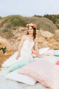 Last year I co-ordinated and shot my first ever destination styled shoot. It took place on a beach in beautiful Malta with a relaxed, boho elopement feel. Elope Wedding, Boho Wedding, Wedding Vintage, Wedding Beach, Wedding Picnic, Wedding Props, Wedding Dresses London, London Wedding, Wedding Dress Styles