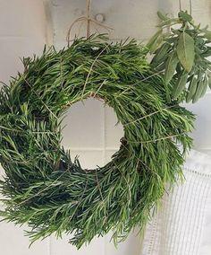 DIY Holiday Wreaths | The Vivant rosemary