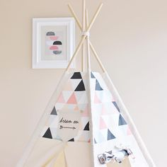 ⭐️Dream on little one  Proving to be one the most popular tents in my shop this November! Gorgeous triangle color combo in pink/peach/cream/white/grey/black  #playtent #teepee #playroom #nursery #ashleygabbydesigns #poshbaby #nurserydecor