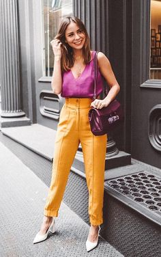 Orange is the new black according to it girls - Vogue regatta, trousers . Colourful Outfits, Colorful Fashion, Cool Outfits, Casual Outfits, Fashion Outfits, Colorful Clothes, Orange Fashion, Work Fashion, Fashion Looks