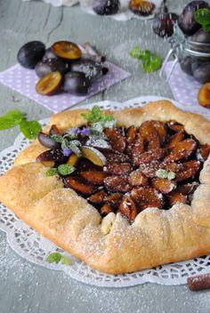 Śliwkowo- truskawkowa tarta rustykalna