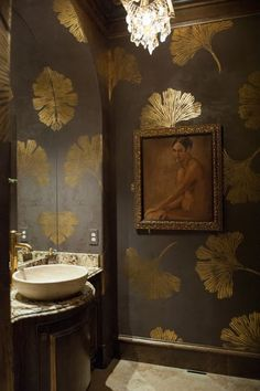 Gold Gingko Powder Bath - This Woodlands, TX powder room is elegantly finished with chocolate pearl fresco on the walls with all over gold foil gingko leaf design, gold foil ceiling and trim as well as gold wax detailing on the vanity. Wc Decoration, Leaf Stencil, Stencil Decor, Wall Stencil Patterns, Cutting Edge Stencils, Interior Decorating, Interior Design, Decorating Ideas, Decor Ideas