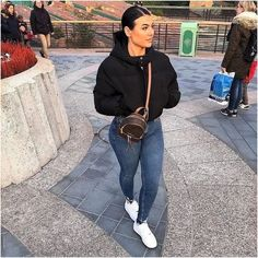 everyday outfits for moms,everyday outfits simple,everyday outfits casual,everyday outfits for women Cute Swag Outfits, Cute Comfy Outfits, Chill Outfits, Casual Winter Outfits, Dope Outfits, Winter Fashion Outfits, Look Fashion, Daily Fashion, Stylish Outfits