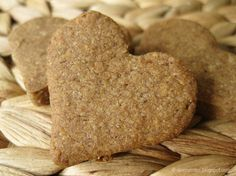 Nerve biscuits (according to Hildegard von Bingen) Ingredients for approx. 40 biscuits: 500 g spelled . Cut Out Cookies, No Bake Cookies, Easy Cake Recipes, Baking Recipes, Peanut Butter Dessert Recipes, Biscuits, Cookie Time, Healthy Cookies, Healthy Baking